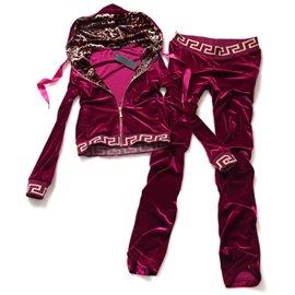 Домашний костюм Versace для женщин цвет розово бордовый