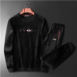 Велюровый утепленный костюм Гуччи с толстовкой черный